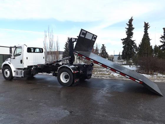 Multilift Hooklift XR7L on Freightliner Truck for Sale